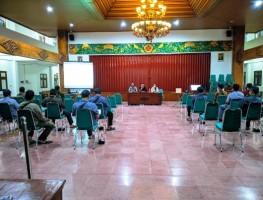 Sukseskan Pemilihan Lurah, KPPS Desa Caturtunggal Dibekali Bimtek Penyegaran