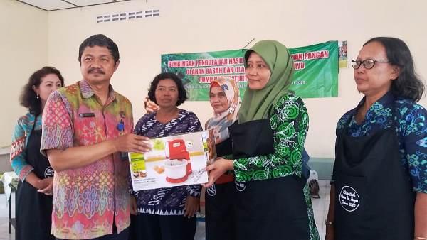 Pemerintah Desa Caturtunggal Adakan Pelatihan Olahan Basah dan Kering Ubi Kayu Di Padukuhan Ngentak